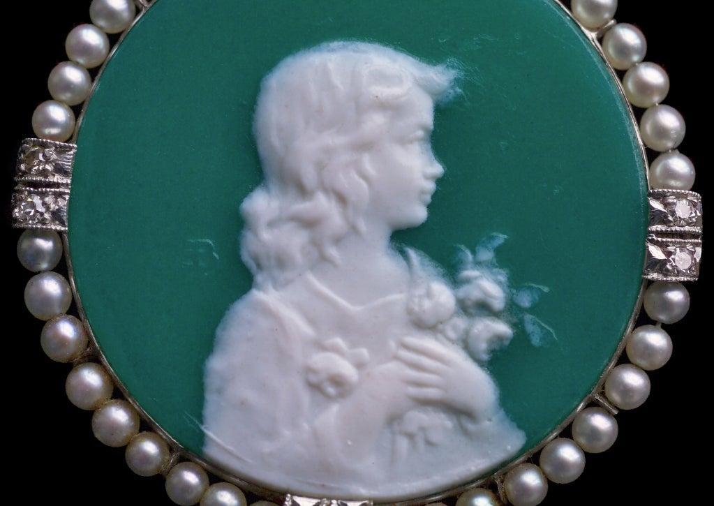 Women's Edmond-Henri Becker Belle Époque Pâte de Verre Diamond Pearl Platinum Pendant For Sale