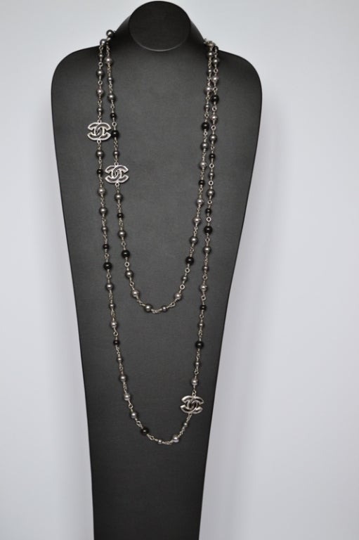 Chanel necklace Sautoir Pearls image 3