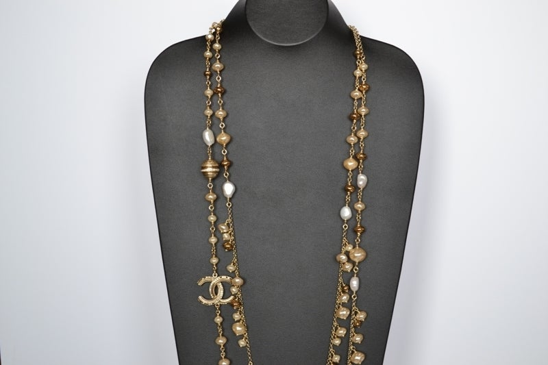 Chanel necklace Strass Balls image 4