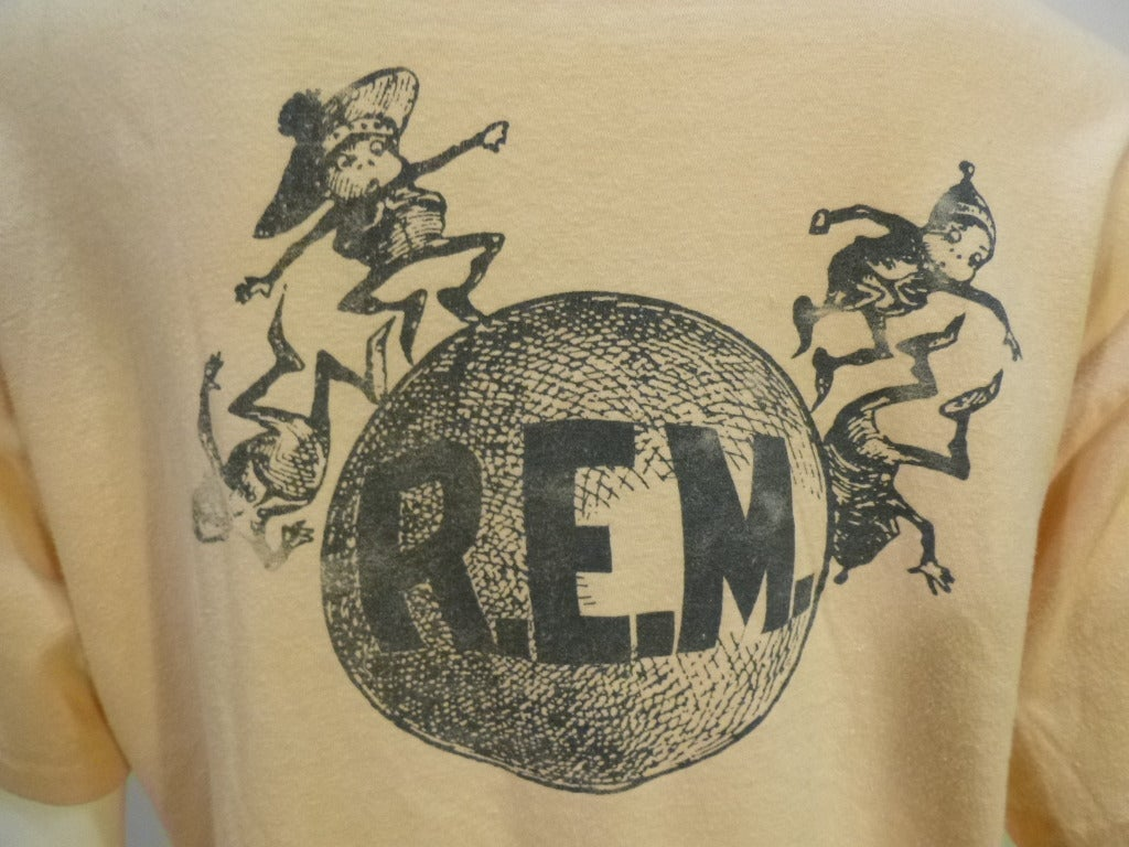 Vintage 1980s R.E.M Tee Shirt In Excellent Condition For Sale In Long Island City, NY