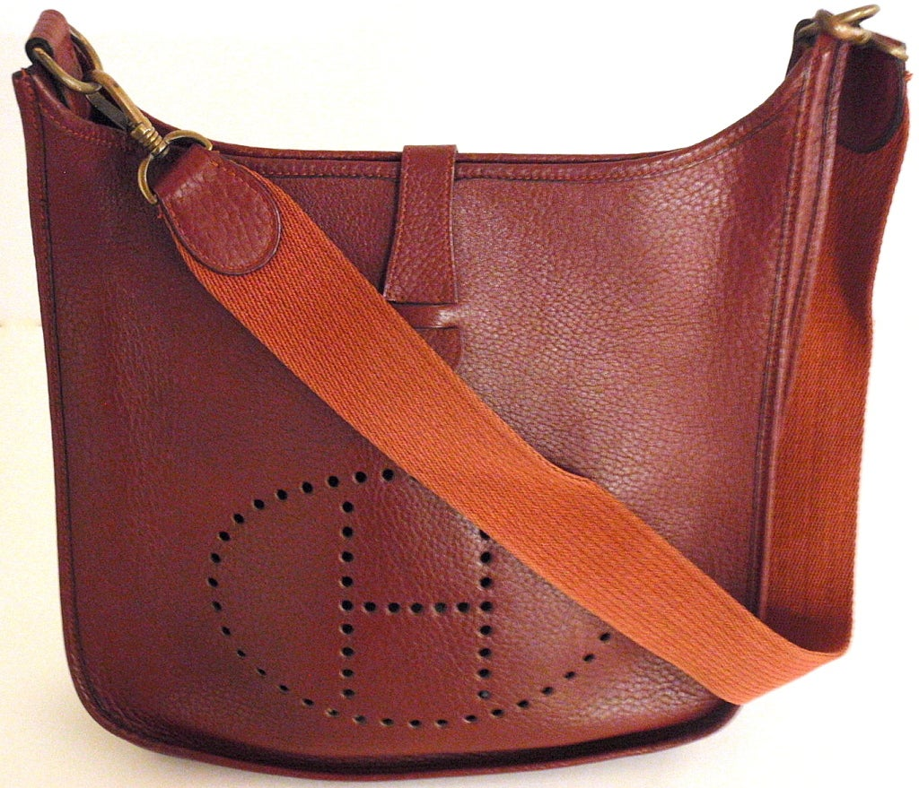 HERMES Evelyne GM Burgundy Clemence Leather Shoulder Handbag at ...
