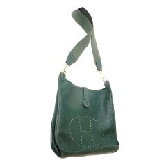 HERMES Evelyne GM Vert Fonce Clemence Leather Shoulder Handbag
