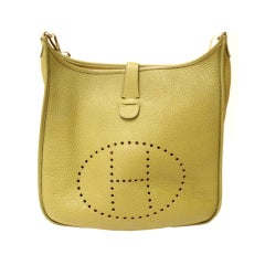 HERMES Evelyne II GM Clemence Vert Anis Leather Shoulder Bag