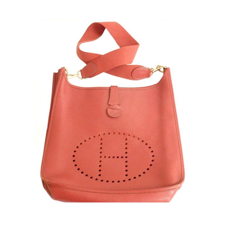 HERMES Evelyne GM Courchevel Leather Red Shoulder Bag For Sale at ...