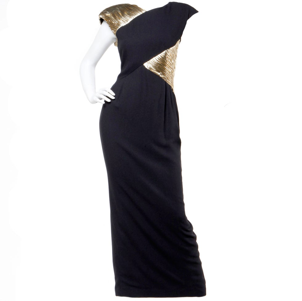 Vintage 1980s valentino metallic gold and black evening gown dress at
