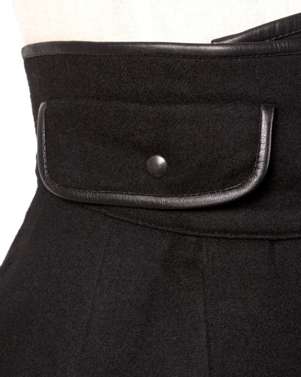 Women's Byblos Buttery Leather + Wool High Waisted Black Pencil Skirt For Sale