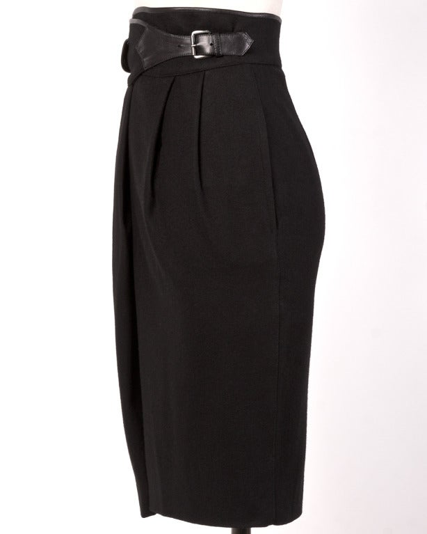 Byblos Buttery Leather + Wool High Waisted Black Pencil Skirt For Sale 1