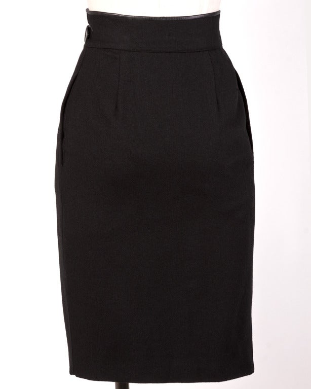 Byblos Buttery Leather + Wool High Waisted Black Pencil Skirt For Sale 2