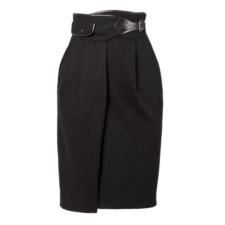 Byblos Buttery Leather + Wool High Waisted Black Pencil Skirt For Sale