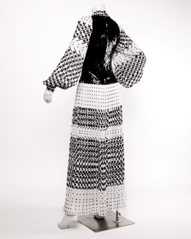 Marcel Fenez for Roland Klein Vintage 70s Graphic Op Art Sequin Maxi Dress In Excellent Condition For Sale In Sparks, NV