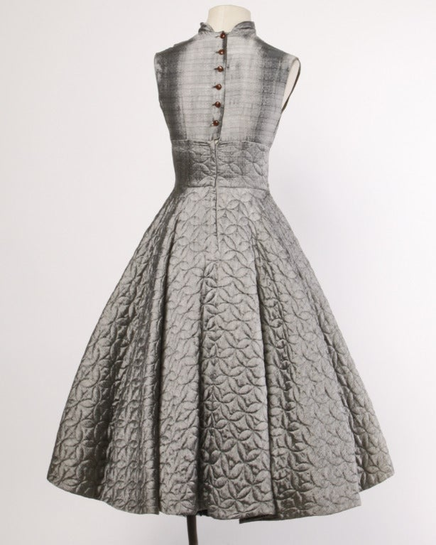 Vintage 1950s Metallic Silver Quilted Full Sweep Cocktail Dress 4
