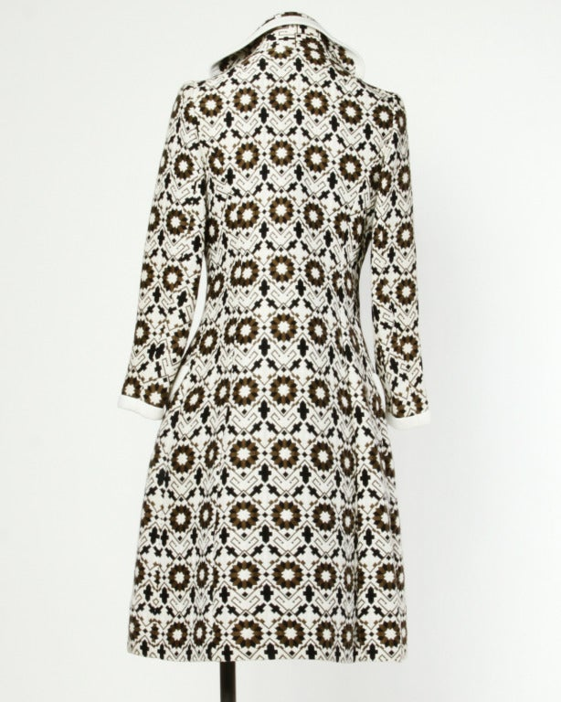 Lilli Ann 70s Vintage Tapestry Coat + Dress Set- 2-Pc Ensemble In Excellent Condition For Sale In Sparks, NV