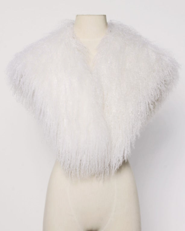 Mongolian/ Tibetan Lamb Fur Vintage 80s 1980s Shaggy White Long Stole/ Wrap 2