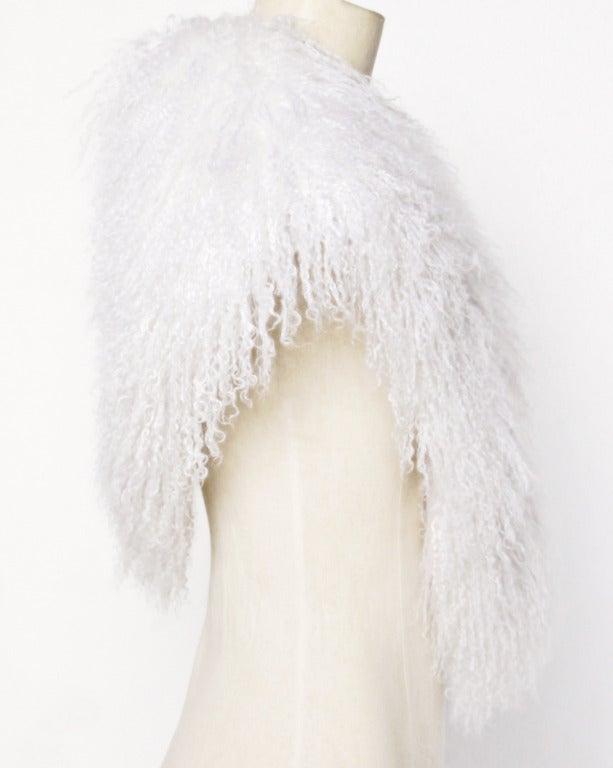 Mongolian/ Tibetan Lamb Fur Vintage 80s 1980s Shaggy White Long Stole/ Wrap 3