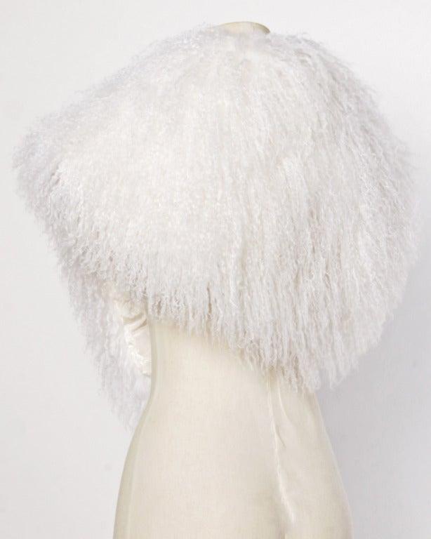 Mongolian/ Tibetan Lamb Fur Vintage 80s 1980s Shaggy White Long Stole/ Wrap 4