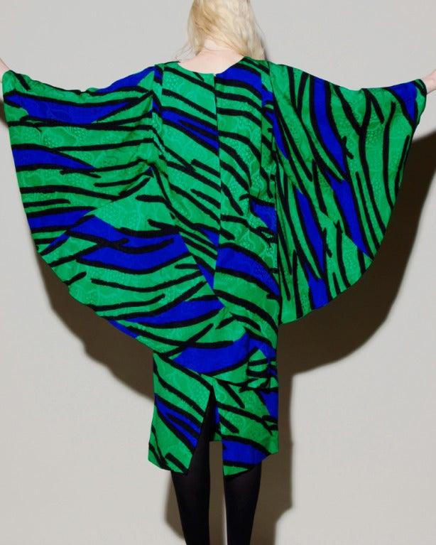 Women's Avant Garde Vintage 1980s 80s Silk Cocoon Batwing Dress in Bright Green & Blue