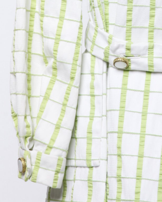 Elinor Simmons for Malcolm Starr Vintage 1960s Green + White Textured Plaid Coat For Sale 2