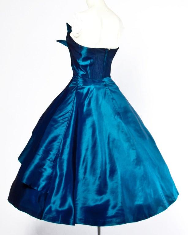 1950s Vintage Blue Taffeta Strapless Cocktail Dress 4