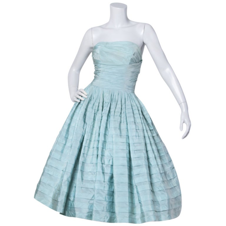 Vintage 1950s 50s Mint Green Strapless Party Dress with a Full Sweep 1
