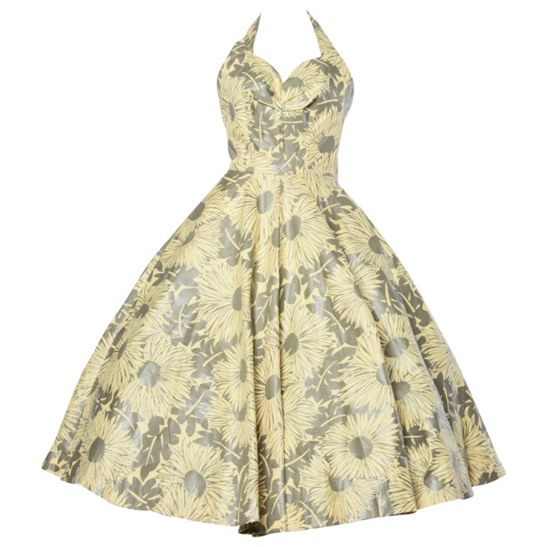 Vintage 1950s Screen Print Floral Print Patio Dress with a Full Sweep For Sale