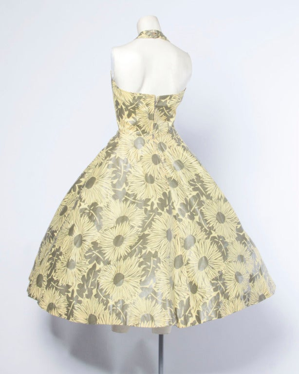 Beige Vintage 1950s Screen Print Floral Print Patio Dress with a Full Sweep For Sale