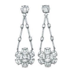 Celebrity Style Fabulous Diamond Chandelier Earrings