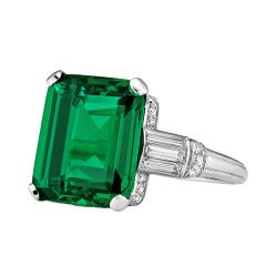 Important Art Deco Colombian Cushion Cut Natural Emerald Ring