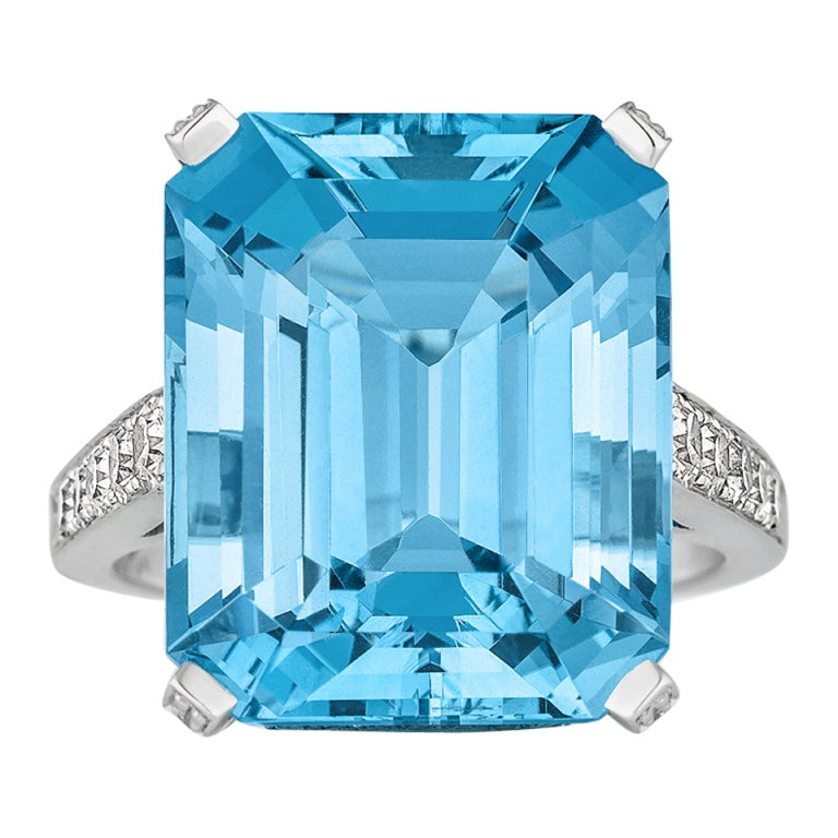 Aquamarine Diamond and Platinum Ring