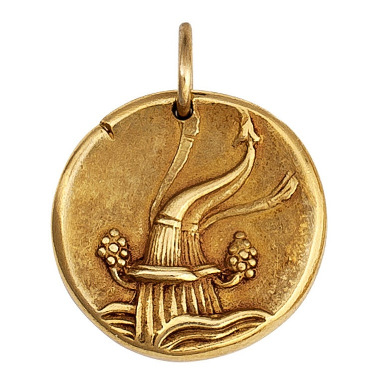 cleef and arpels gold aquarius zodiac pendant charm at