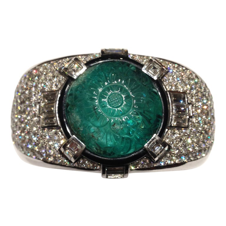 Magnificent Carved Mughal Emerald and Diamond Bangle 1