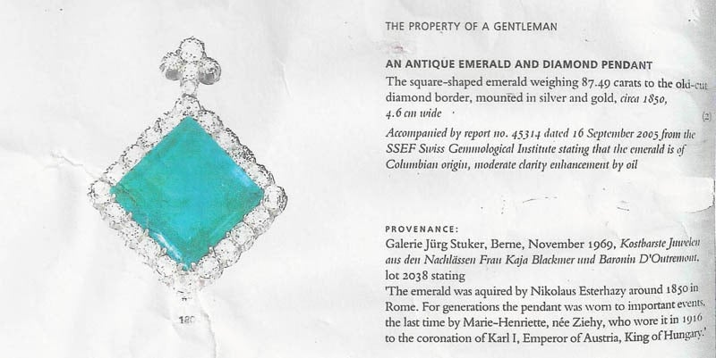 An Extraordinary Antique Colombian Emerald Pendant In Excellent Condition For Sale In New York, NY