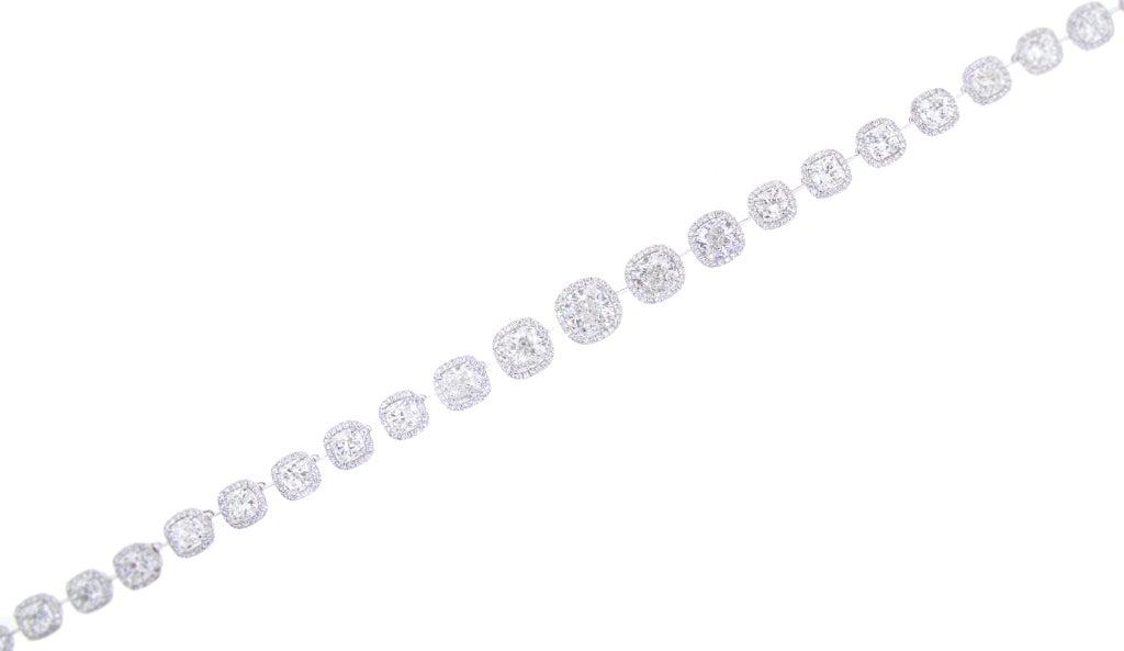 Beautiful Cushion Cut Diamond Necklace, 27 Carat Total 3