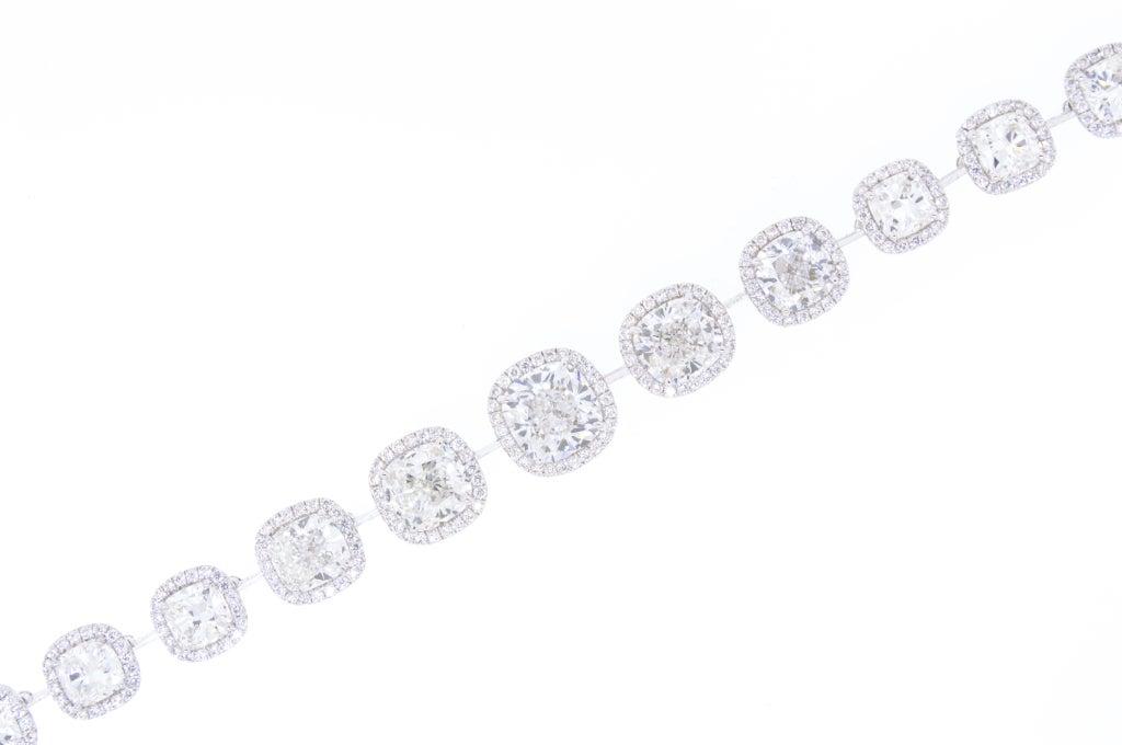 Beautiful Cushion Cut Diamond Necklace, 27 Carat Total 5