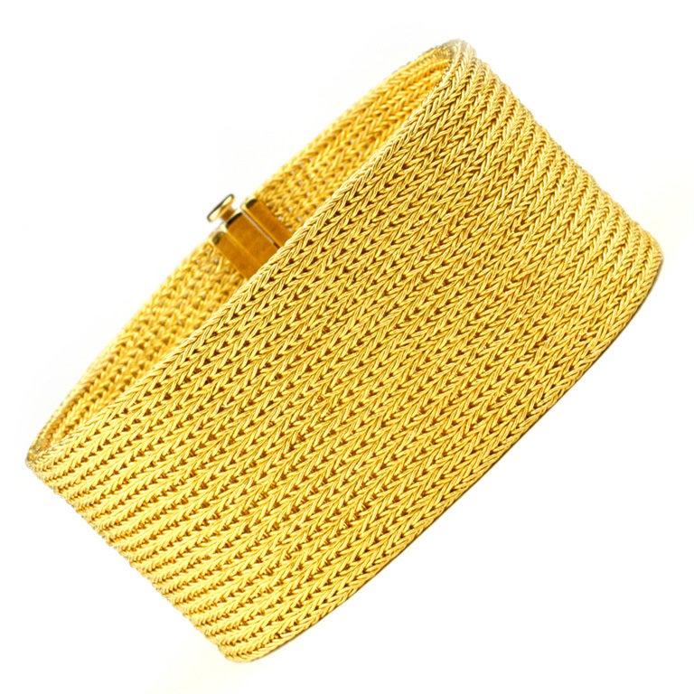 Beautiful Handwoven 22kt Gold Bracelet at 1stdibs