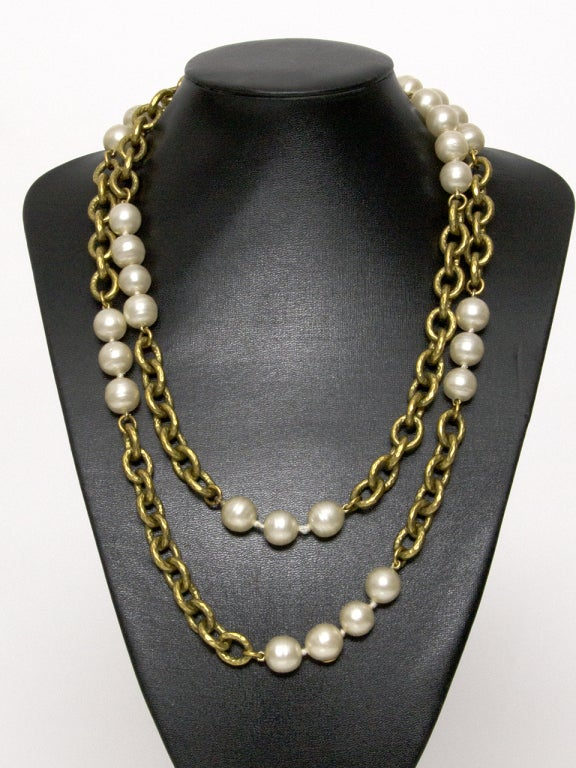 Chanel Pearl and Gold Chain Necklace image 2