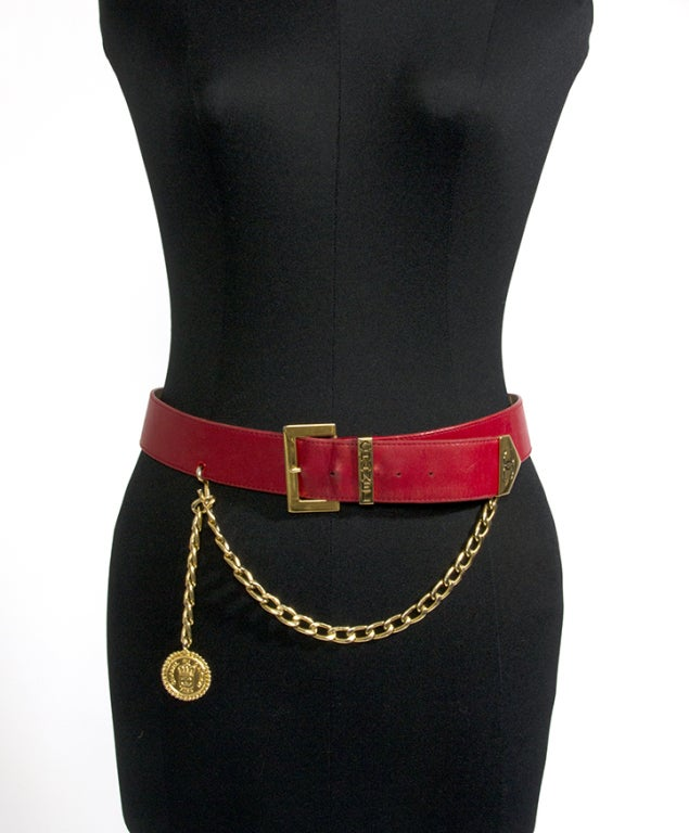 Chanel Red Leather Belt with Golden Chain and Medallion For Sale 1