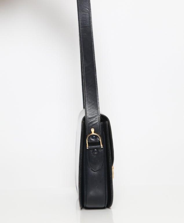 Celine horse carriage clapse shoulder bag 3