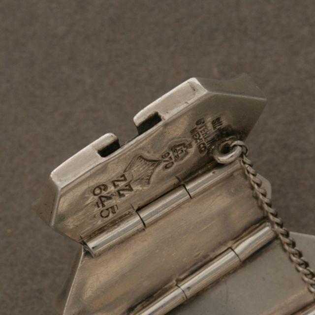 """Women's Antonio Pineda """"Zig-Zag"""" Sterling Silver Bracelet For Sale"""