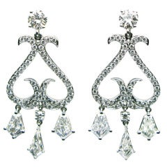 5.29 carats Kite and Round Diamond Chandelier Earrings