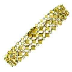 11.15ctw Fancy Yellow and White Diamond Bracelet
