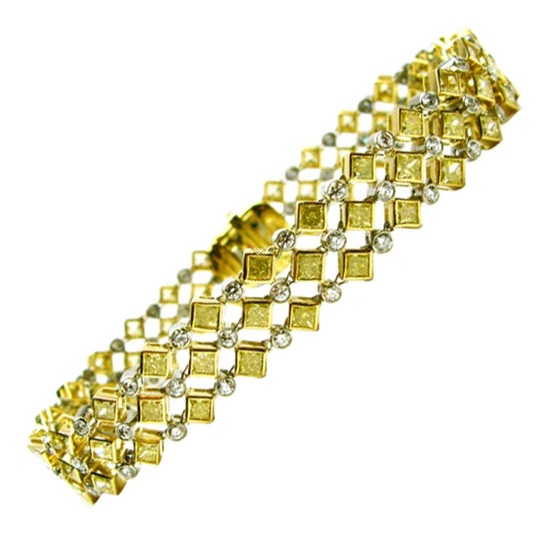 11.15ctw Fancy Yellow and White Diamond Bracelet For Sale