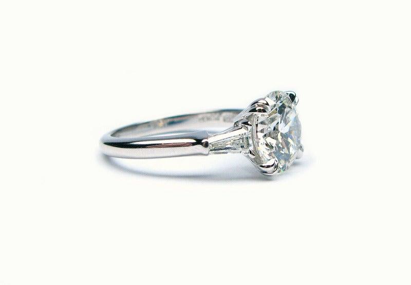2.34Ct F VS1 Round Brilliant Harry Winston Diamond Ring In Excellent Condition In New York, NY