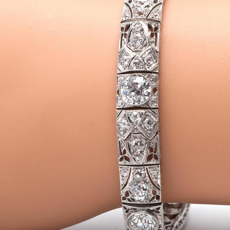 Antique Art Deco 15.15cts  Diamond  Platinum Filigree Bracelet 8