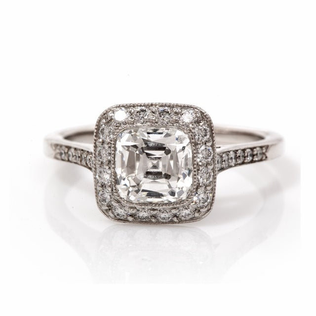 Tiffany  Co. Legacy Diamond Platinum Engagement Ring image 2