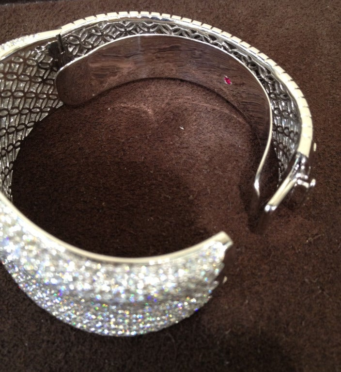 Roberto Coin Fantasia Collection White Diamond Pave Bangle For Sale 3