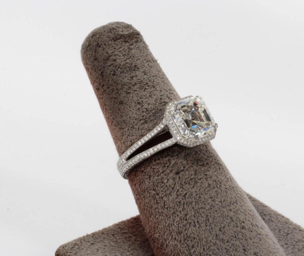 Women's GIA 3.03 Carat H Vs1 Asscher Cut Diamond and Platinum Engagement Ring For Sale