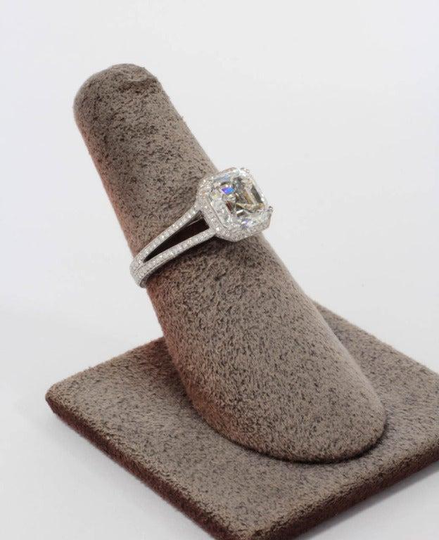 GIA 3.03 Carat H Vs1 Asscher Cut Diamond and Platinum Engagement Ring For Sale 1