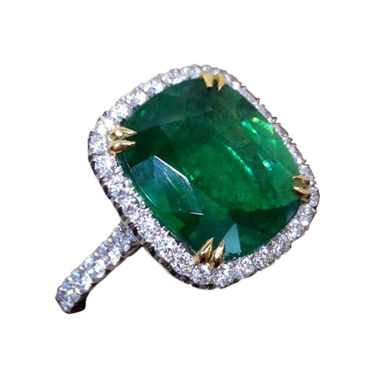 Beautiful Cushion Cut Green Emerald Diamond Platinum Ring