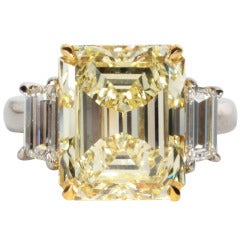Rare 7.86 Carat GIA Cert Emerald Cut Fancy Light Yellow Diamond Platinum Ring