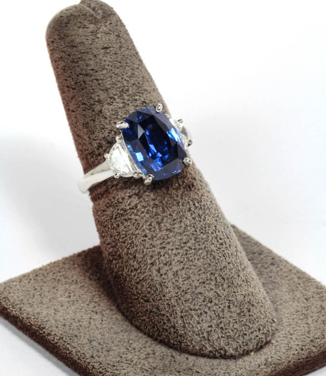 Cushion Cut 6 carat Natural No Heat Blue Sapphire and Diamond Ring For Sale